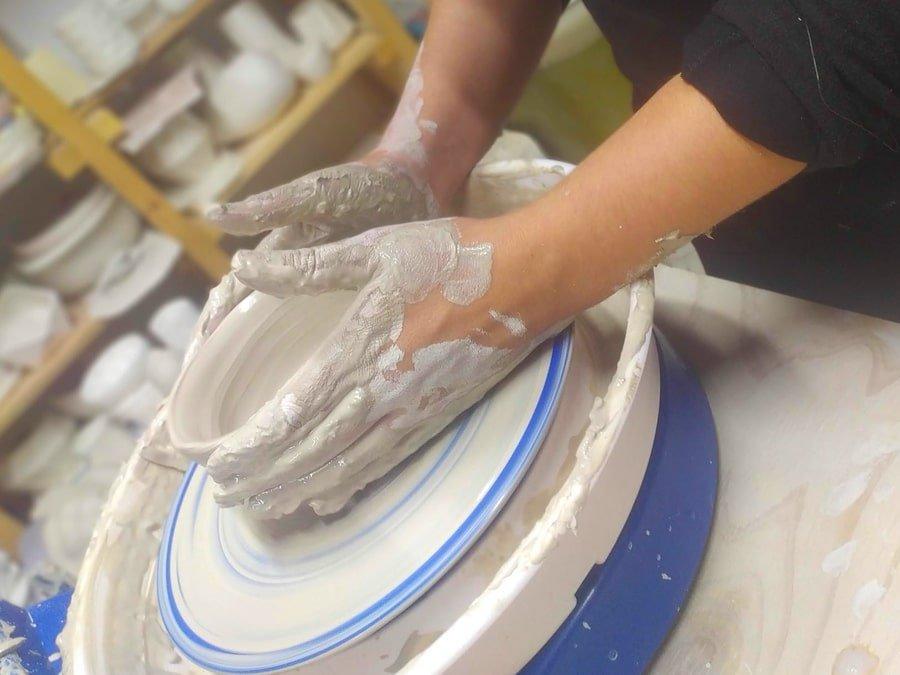 clases torno cerámica